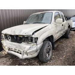 Toyota Hilux - Distressed